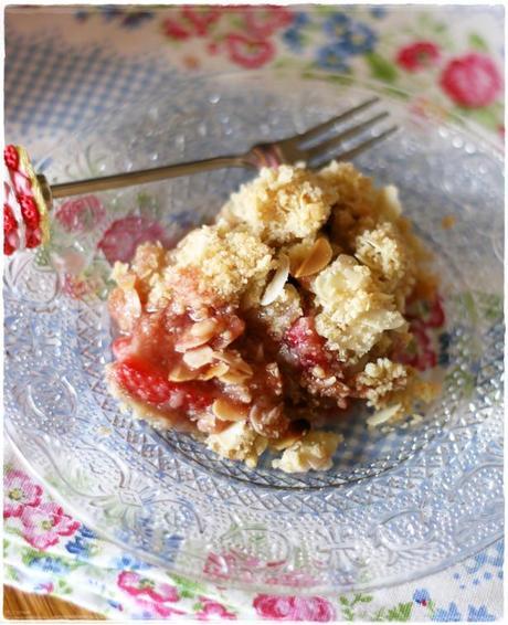 Crumble di fragole e mandorle – Strawberry and almond ...