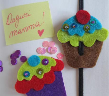 http://lunadeicreativi.com/blog/il-muffin-segnalibro-e-auguri-mamma/