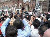 Torino, Beppe Grillo campagna elettorale, insulti, promesse indignazione
