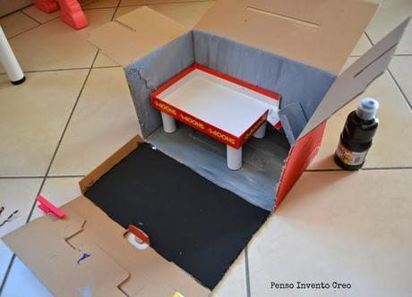 Garage richiudibile fai da te, guest post di Penso+Invento+Creo – DIY recycled foldable Garage
