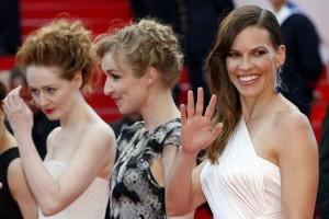 Miranda Otto, Sonja Richter and Hilary Swank - Red carpet - The Homesman © AFP / V. Hache