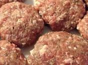 Mini hamburgers aromatizzati contorno ratatouille
