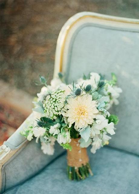 Dusty blue: un matrimonio dai toni fiabeschi