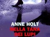 Recensione Nella tana lupi Anne Holt