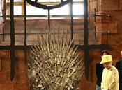 Regina Elisabetta visita Game Thrones