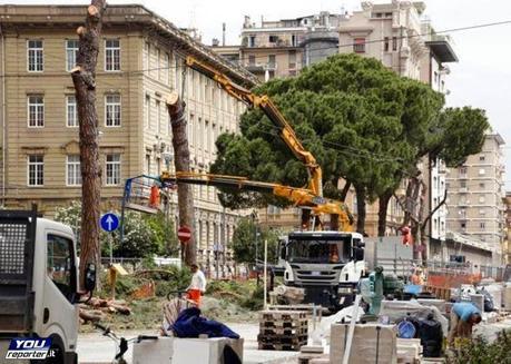 La Grande Bellezza oggetto di scempio: l'Italia del nuovo millennio.
