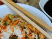 Vermicelli soia orientali saltati verdure