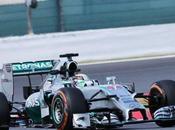 Hamilton vince d'Inghilterra. Ritiro Rosberg