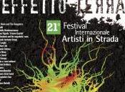 edizione Castellarte Festival internazionale Artisti strada
