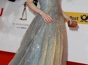 Renee Zellweger splendida Carolina Herrera Golden Camera Awards 2011