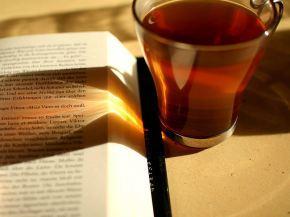 Tè e libri: un binomio da favola