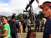 L'ECUADOR CONDANNA SOCIETà PETROLIFERA CHEVRON PAGARE MILIARDI DANNI ALL'AMBIENTE ALLE POPOLAZIONI INDIGENE CAUSATE PERDITE PETROLIO.