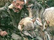 Werner freund, l'uomo vive branco lupi