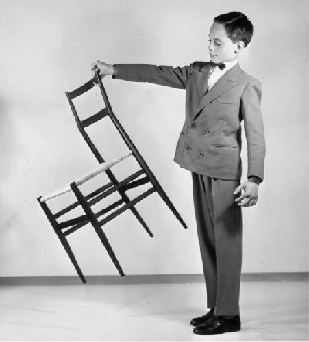 La sedia chiavarina paperblog - Sedia leggera gio ponti ...