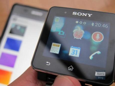 Sony SmartWatch 2 ecco gli sfondi personalizzati 600x450 Sony SmartWatch 2: ecco gli sfondi personalizzati news  sony smartwatch 2 sony