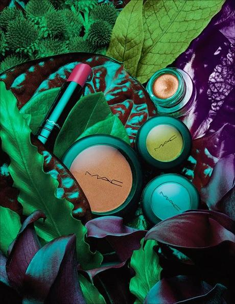 Preview MAC: Moody Blooms Collection