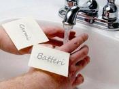 Lavarsi continuo mani: fosse un'ossessione?