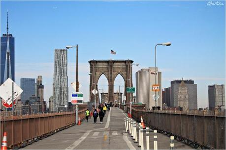 Due passi sull'East River: il Ponte di Brooklyn.
