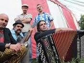 """Recensione """"Mo' Mo'"""", bellissimo disco Gasparazzo, ritrovano mescolate atmosfere folk, reggae, etniche mediterranee"""