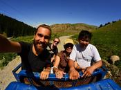 Quella Volta Kyrgyzstan Sono Uscito Passeggiata Lago Tornato Giorni Bottiglie Vodka Dopo