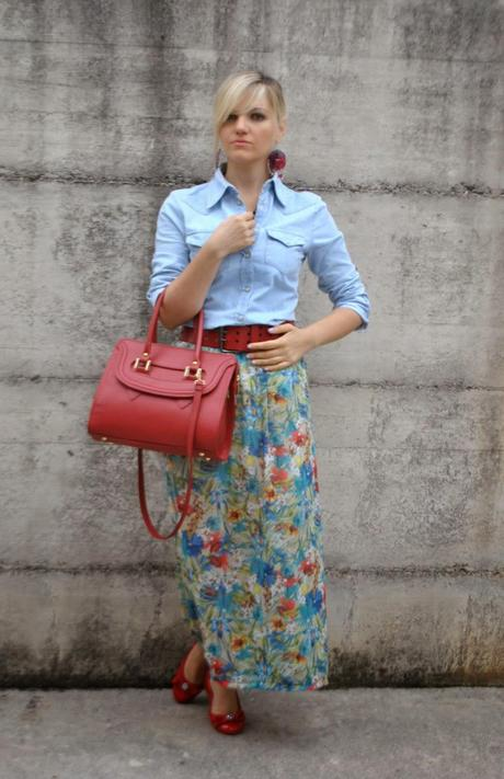 floral skirt and denim shirt paperblog