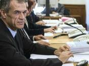 """Italia governata cialtroni Cottarelli lascia: """"spese clientelari risorse sono"""