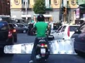 """Video. """"Per grande scala vuole scooter…piccolo"""": fenomeno"""
