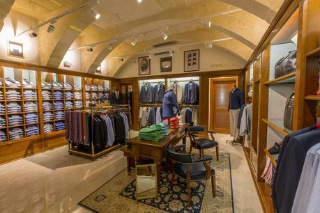 Brooks Brothers: New Opening, a Malta
