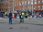 confronti: l'abisso separa Amsterdam. Mezzi pubblici, arredo urbano, aree verdi, stazioni, rifiuti molto altro