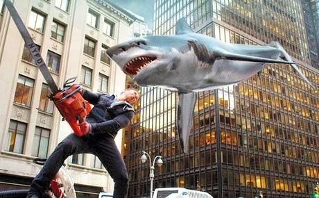 SHARKNADO 2 – TREMATE, TREMATE, LE SQUALATE SON TORNATE