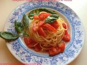 Spaghetti freddi pomodori pesto rucola