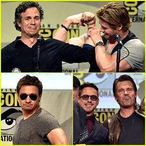chris-hemsworth-mark-rufflo-compare-biceps-at-comic-con