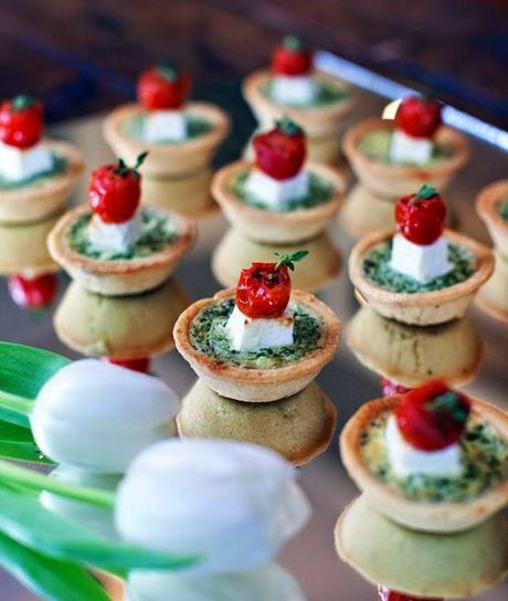 party food idee dolci e salate per aperitivi e piccoli buffet paperblog. Black Bedroom Furniture Sets. Home Design Ideas