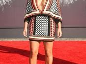 come caspita vestita Kardashian WMA2014....?!