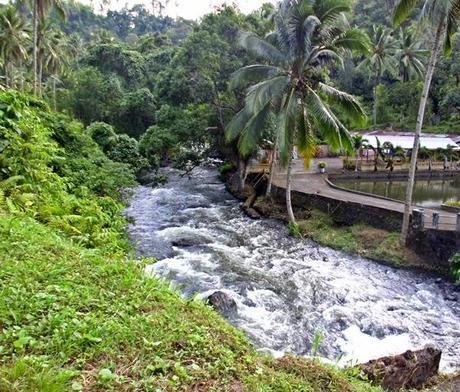 Il rafting sul fiume in sawangan paperblog - Il giardino sul fiume ...