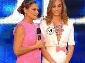 l'ha vestita Simona Ventura Miss Italia???!! Fuori nome colpevole