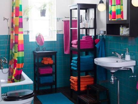 Arredo bagno in primo piano idee e spunti per la vostra for Mobiletto bagno vimini