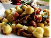 Tenerotti burro salvia pancetta,funghi chiodini scamorza bianca
