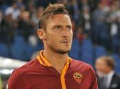 Francesco Totti quarto giudice vales