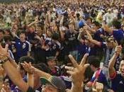 Mondiali 2014 giapponesi ripuliscono stadio dopo partita