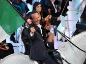 Sanremo 2011: Fatti mandare Mameli prendere latte