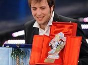 """""""Sanremo 2011"""": Raphael Gualazzi """"Follia d'Amore"""" altri fatto pezzi"""