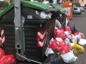Reggio come napoli: leonia sciopero citta' affonda nella spazzatura