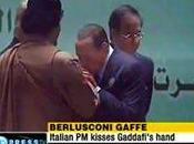 Prendi Gheddafi, trattalo male…