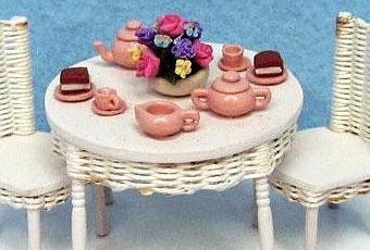 Il galateo semiserio dei bambini a tavola paperblog - Si mette in tavola si taglia ma non si mangia ...