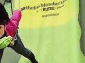 alle sostanze tossiche vestiti: altre aziende italiane accettano sfida Greenpeace