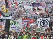 50.000 Persone marciano Londra tace…