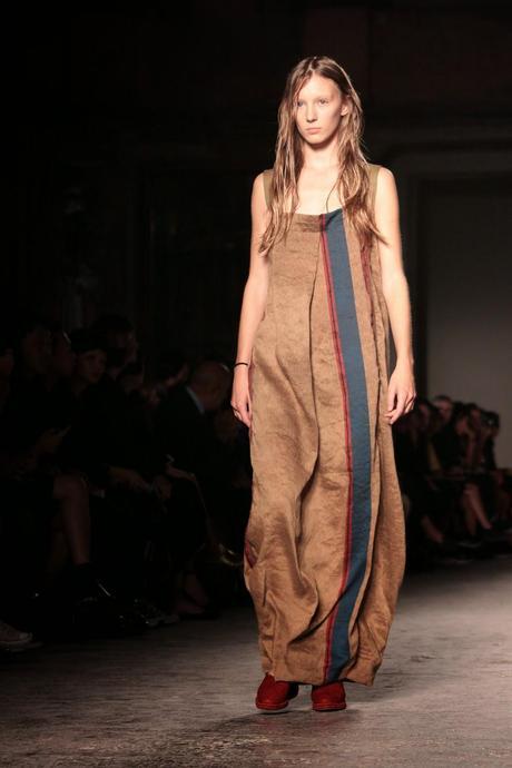 Milano moda donna uma wang p e 2015 paperblog for Studio moda milano