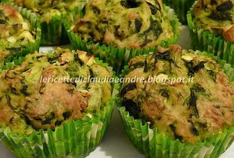Muffin salati con yogurt greco spinaci e feta paperblog for Cucinare yogurt greco