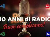 Radio interrompe celebrare suoi anni